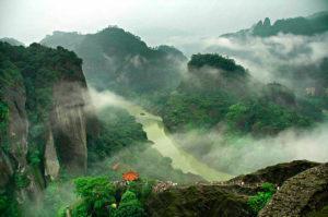ui 1500 300x199 - Семейство Да Хун Пао и горы Уишань.