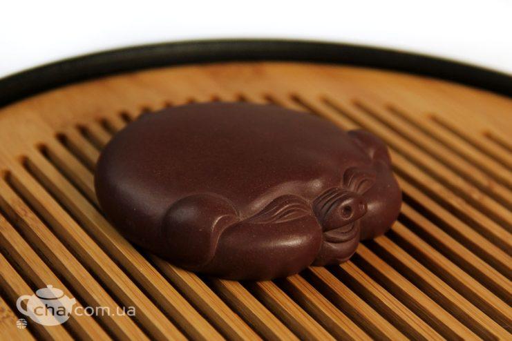 Чашень «Плоская хрюня», чайная фигурка свиньи из глины  - фото 2