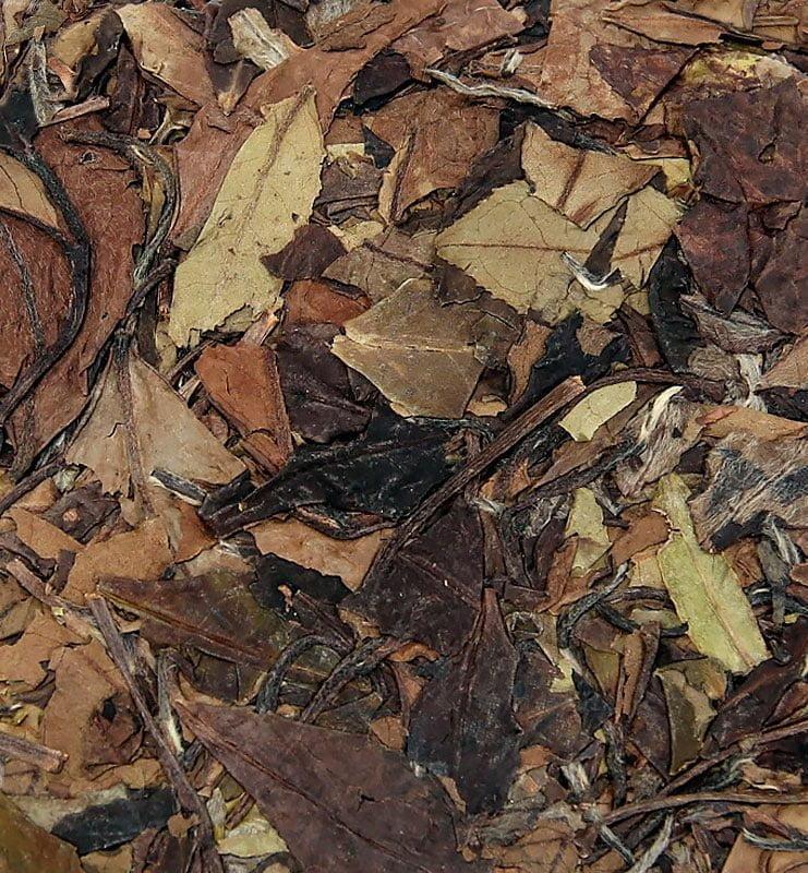 Шоу Мэй Бин из Чжень Хэ белый прессованный чай № 600