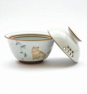 Гайвань селадоновая с котиком  - фото