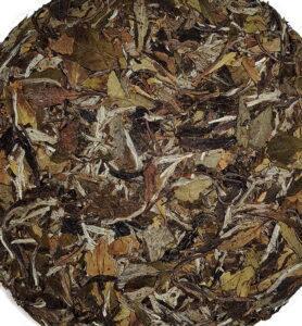 Белый прессованный чай «Бай Му Дань Бин» 2017г (№800)  - фото 2