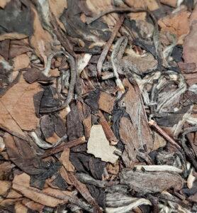 Белый прессованный чай «Лао Бай Ча Бин» 2016г (№600)  - фото 2