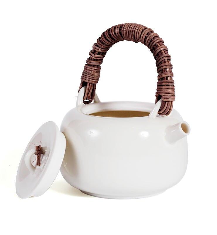 japcup 14 - Белый чайник в японском стиле с ротанговой ручкой 225 мл