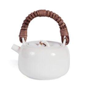 Білий чайник в японському стилі з ротанговою ручкою 225 мл