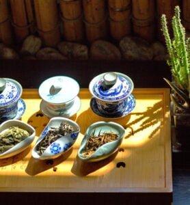 Дегустація з трьома колекційними чаями